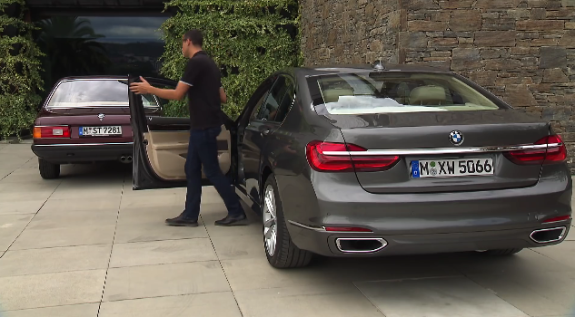 2016_BMW_7_Series_Remote_Control_Parking_-_YouTube_-_2015-09-20_03.13.35