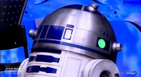 BB-8_droid_from_The_Force_Awakens_rolls_on_stage_at_Star_Wars_Celebration_Anaheim_-_YouTube_-_2015-09-06_19.50.17